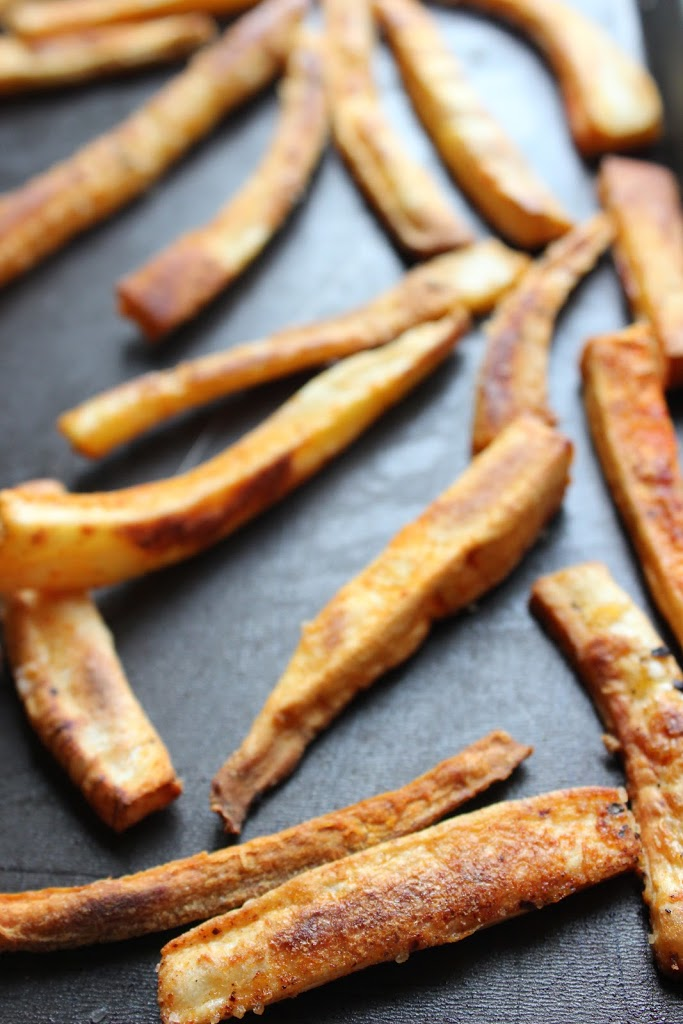 Spiced & Baked Parsnip Fries with Roasted Red Pepper Pesto ...