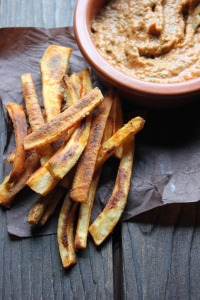 Spiced & Baked Parsnip Fries with Roasted Red Pepper Pesto | happy hearted kitchen