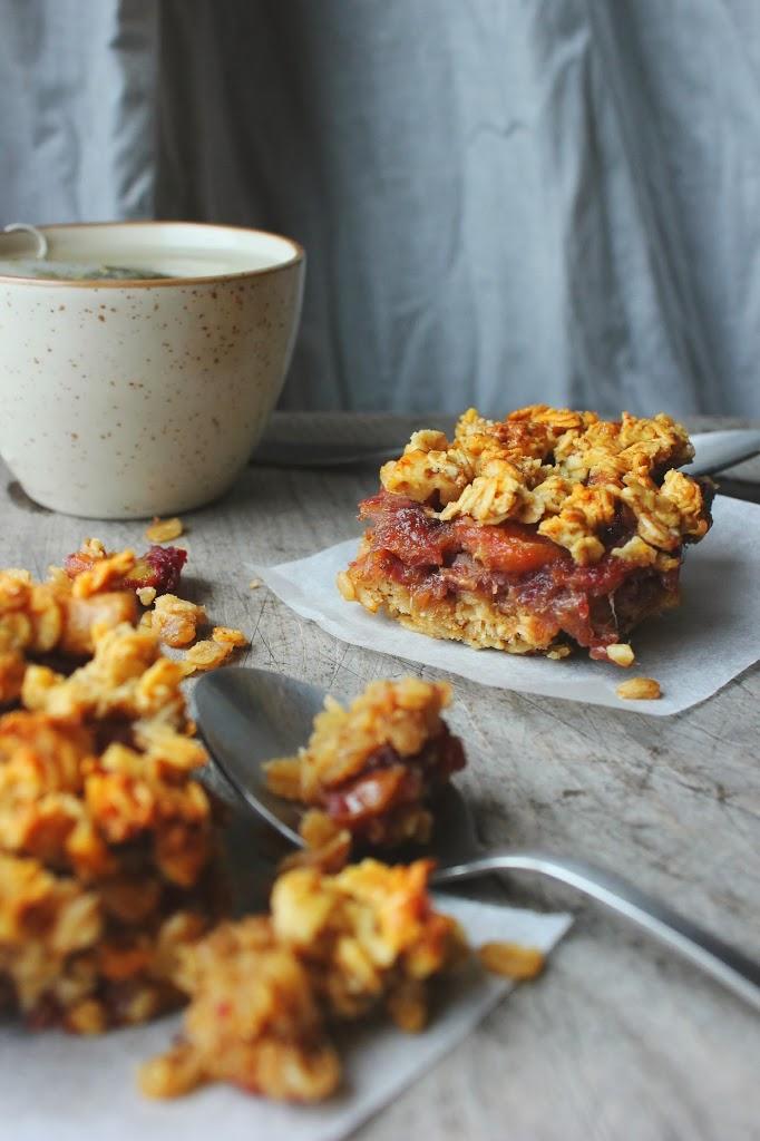 A Better Date Square (vegan, gluten + sugar free) | happy hearted kitchen