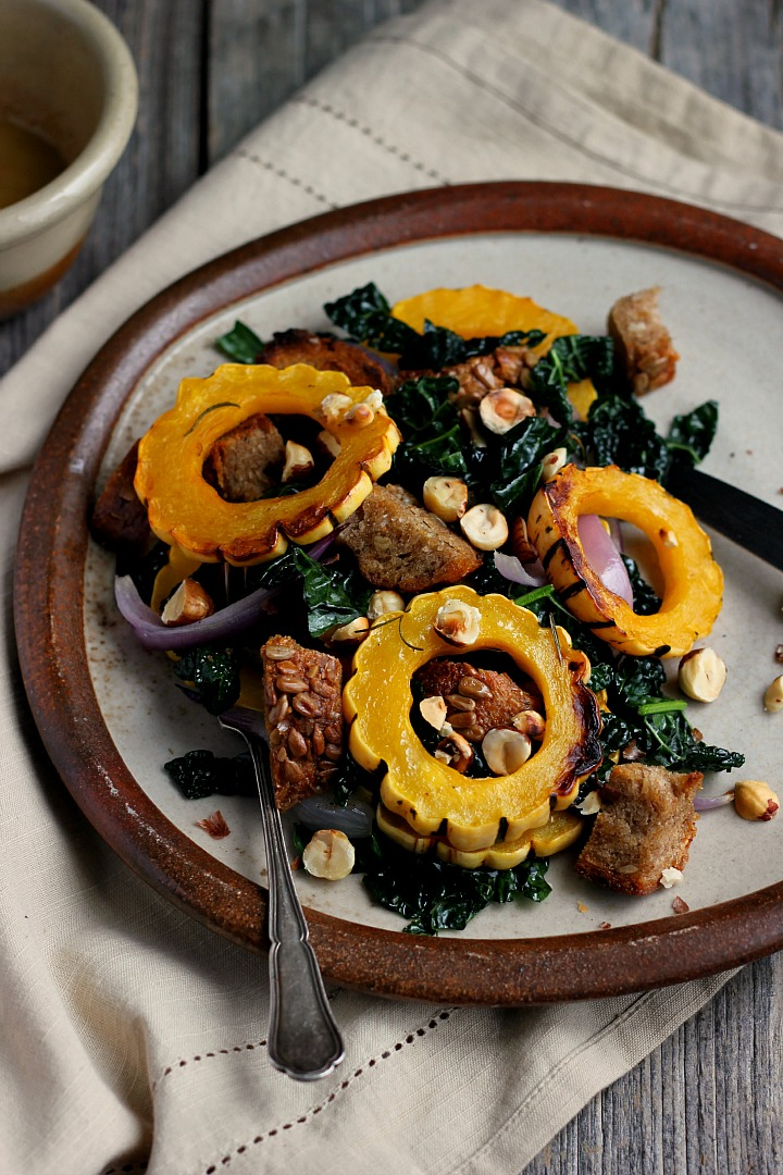 Warm Autumn Panzanella with Cinnamon Cider Dressing ⎮ happy hearted kitchen