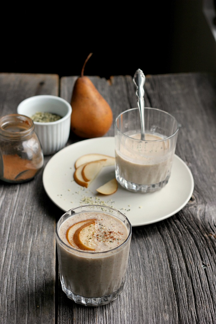 Weekend Reset - Warm Pear, Cinnamon + Oat Smoothie ⎮ happy hearted kitchen
